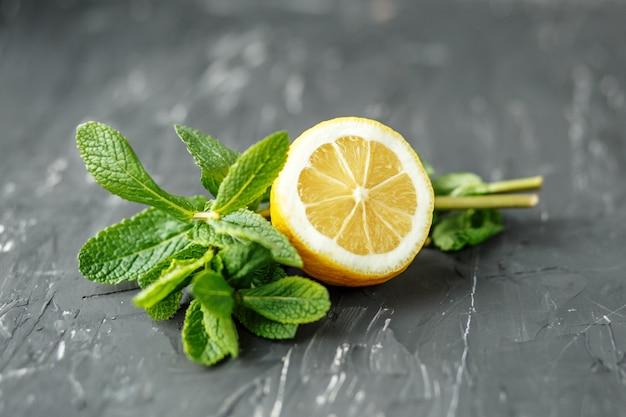 Hortelã e limão