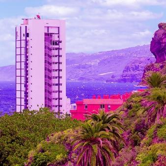 Hotel. localização tropical. mínimo. conceito de moda colorido. ilhas canárias