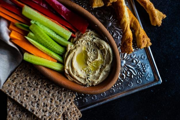 Hummus de prato tradicional