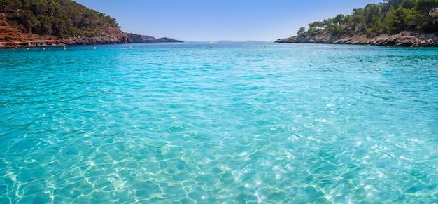 Ibiza cala salada e saladeta em baleares