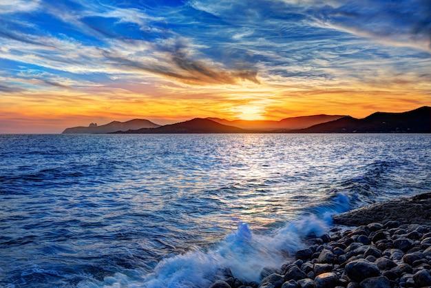 Ibiza cap des falco praia pôr do sol es vedra em san jose
