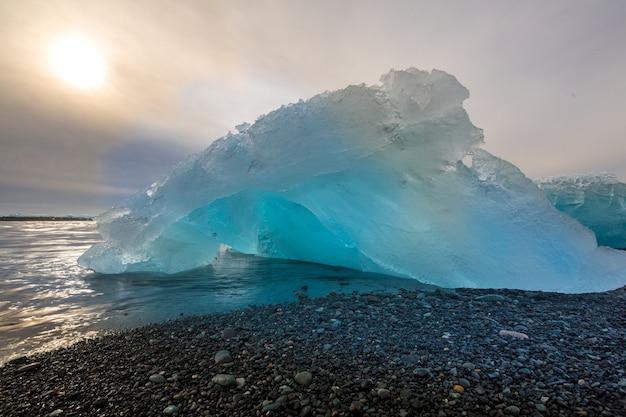Iceberg praia jokulsarlon islândia