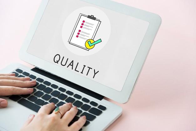 Ícone da área de transferência de garantia de qualidade