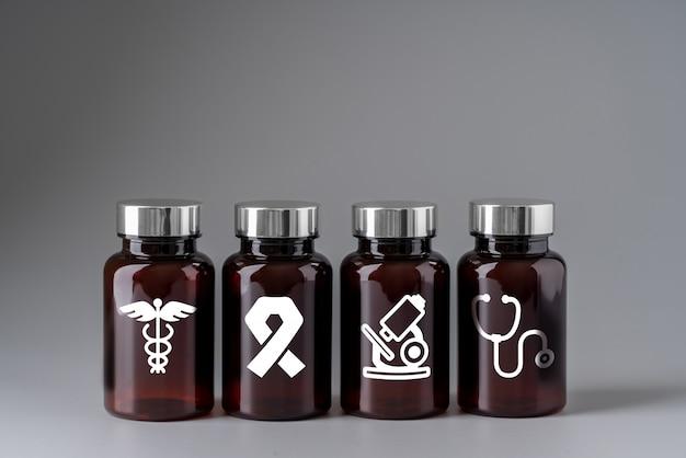 Ícone médico no frasco de remédio para cuidados de saúde global