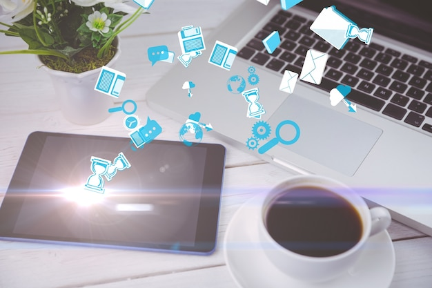 Ícones flutuantes com dispositivos de fundo tecnológico