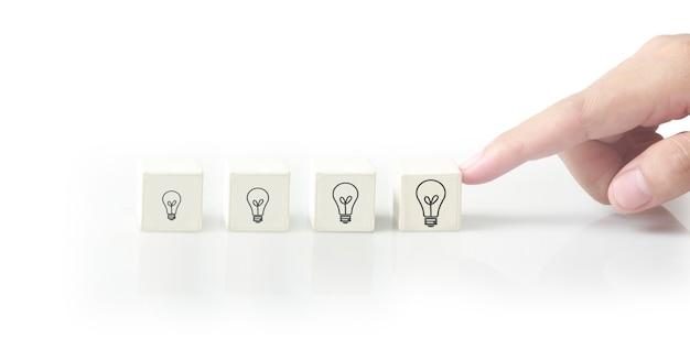 Ideia criativa do conceito e inovação.