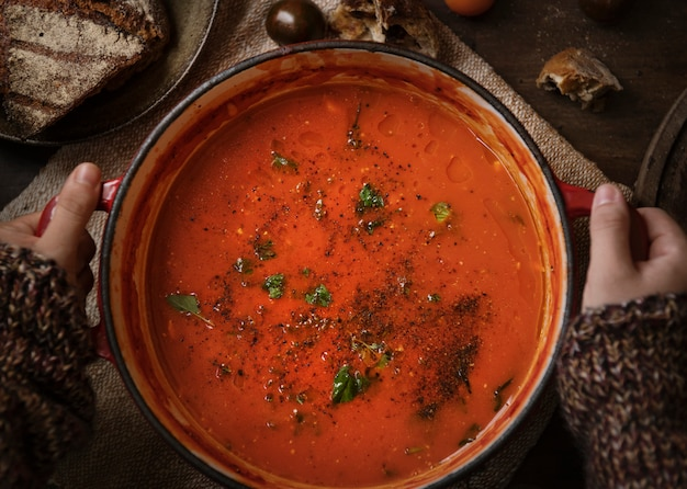 Idéia da receita da fotografia do alimento do molho de tomate