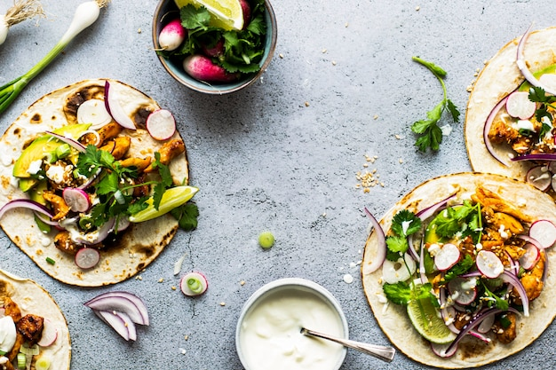 Ideia de receita de comida de tacos de frango caseiro