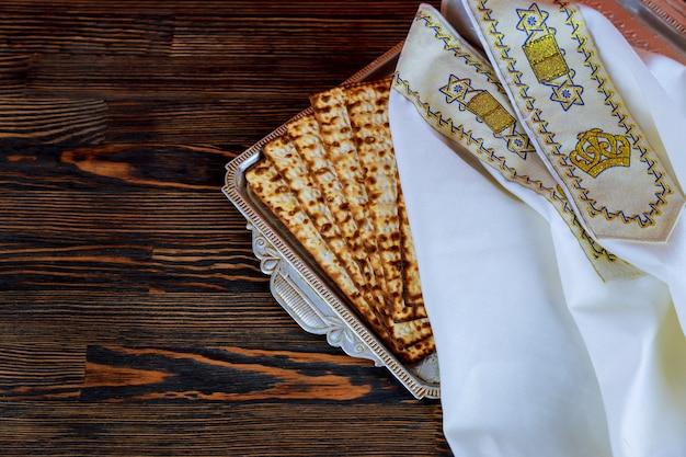 Ideia superior do fundo da páscoa judaica. matzoh
