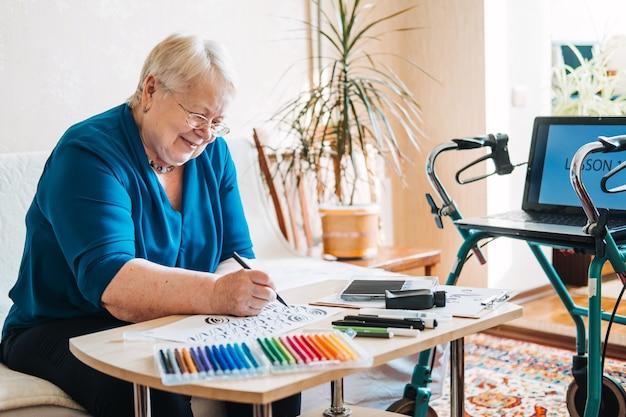 Ideias de passatempo para idosos aposentadoria passatempos passatempos para idosos atividades para idosos com