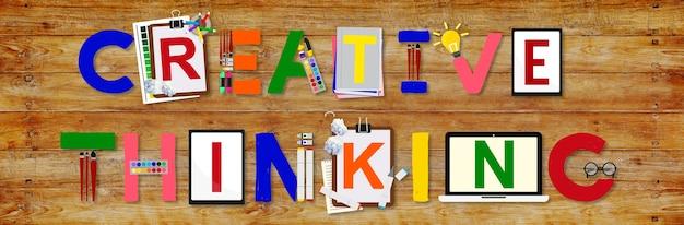 Idéias de pensamento criativo, inovação, conceito de criatividade