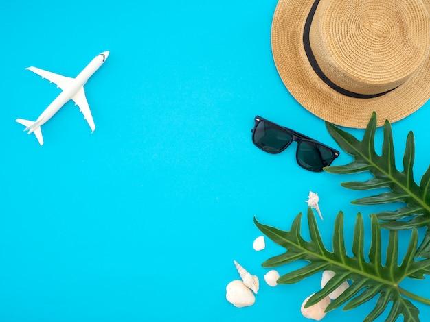 Ideias de viagens de verão e objetos de praia