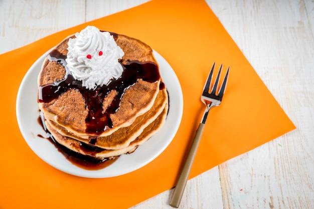 Idéias para o café da manhã infantil, guloseimas para o dia de ação de graças e o dia das bruxas