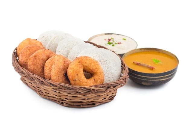 Idli vada comida do sul da índia