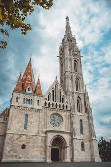 Igreja católica romana de matias, no coração de budapeste, hungria