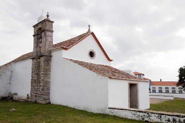 Igreja cristã na vila de odrinhas