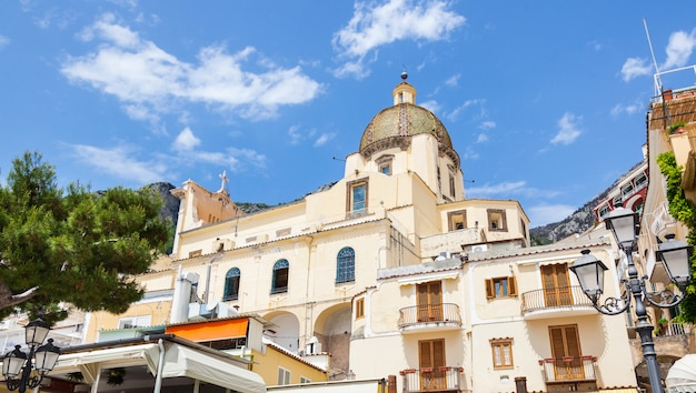 Igreja de santa maria assunta em positano