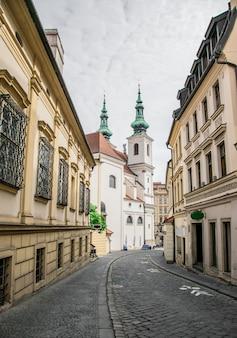 Igreja de st michael na república checa de brno. arquitetura religiosa