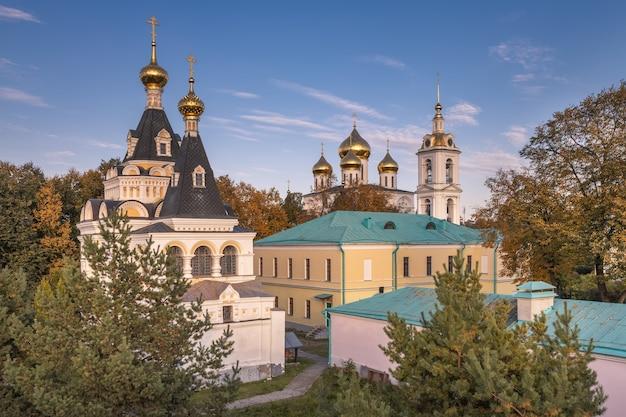 Igreja elizabetana do dmitrov kremlin. dmitrov, rússia