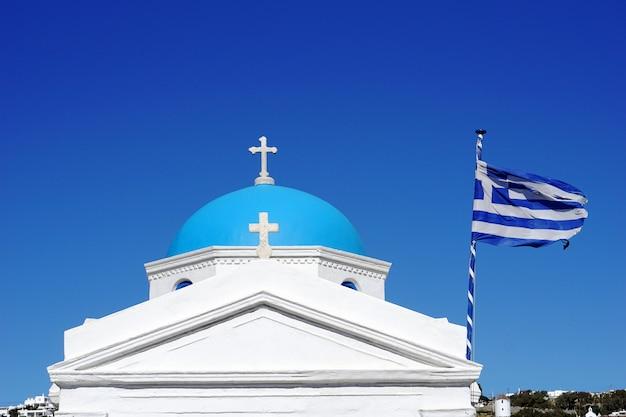 Igreja na ilha de mykonos, grécia