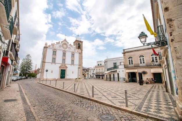 Igreja principal da cidade de olhão