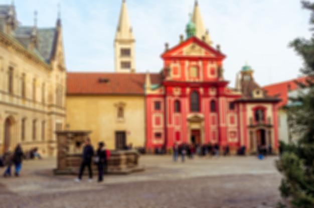 Igreja românica do castelo de praga, a basílica de são jorge