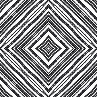 Ikat repetindo design de trajes de banho. fundo preto caleidoscópio simétrico. têxtil pronto para impressão surpreendente, tecido de biquíni, papel de parede, embrulho. padrão de trajes de banho de ikat de verão.