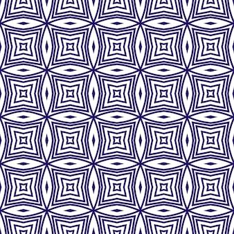 Ikat repetindo design de trajes de banho. fundo roxo caleidoscópio simétrico. padrão de trajes de banho de ikat de verão. impressão chique pronta para têxteis, tecido para biquínis, papel de parede, embrulho.