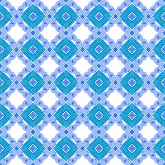 Ikat repetindo design de trajes de banho. projeto chique do verão do boho radiante azul. aquarela ikat repetindo a borda da telha. têxtil pronto para impressão impecável, tecido de biquíni, papel de parede, embalagem.