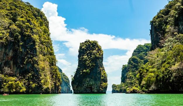Ilha de james bond em phangnga