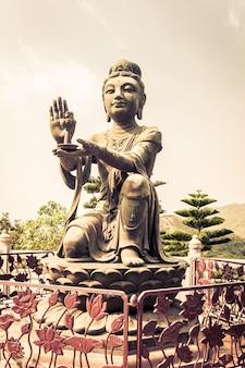 Ilha de lantau da estátua em hong kong