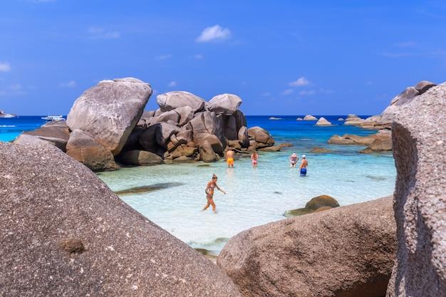 Ilha similan no mar de andaman, phuket, tailândia