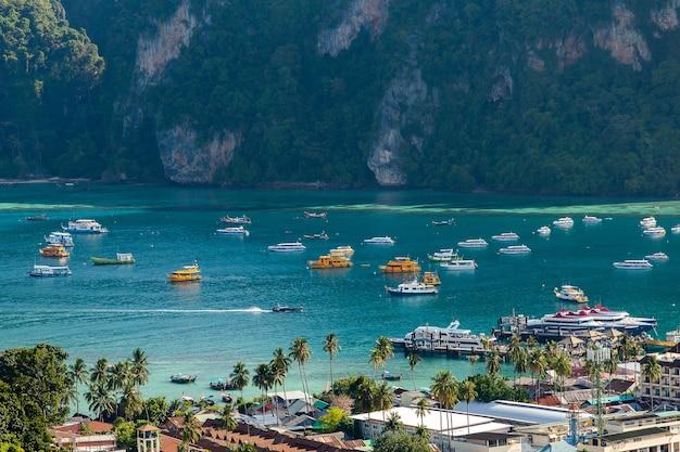 Ilha tropical, com, recursos, phi-phi, ilha, província krabi, tailandia