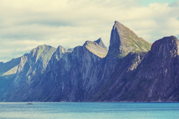 Ilhas senja na noruega