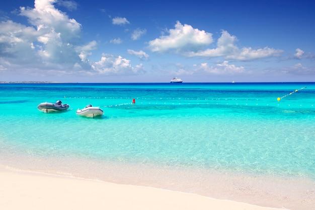 Illetas illetes beachn turquesa ilha de formentera