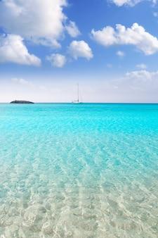 Illetes illetas formentera praia barcos âncora