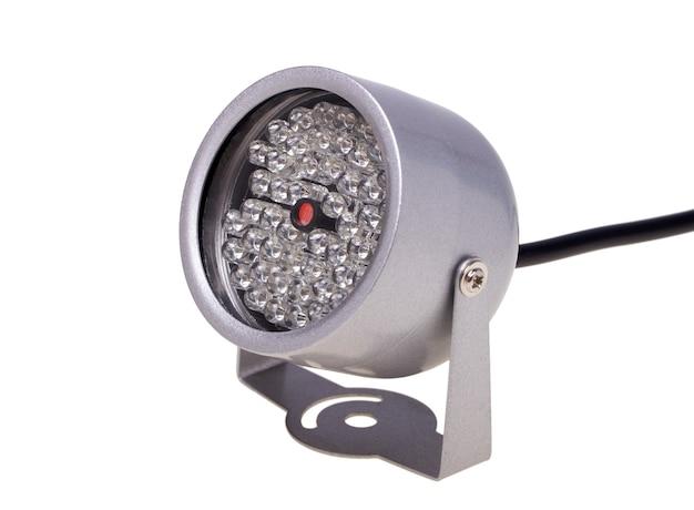 Iluminadores infravermelhos, iluminação noturna para sistemas de segurança e videovigilância isolados