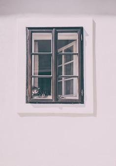 Ilustração em preto e branco da janela