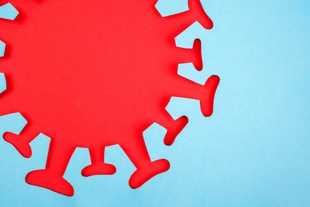 Imagem abstrata de coronavírus, vírus, bactéria, bacilo ou micróbio de papel vermelho e azul