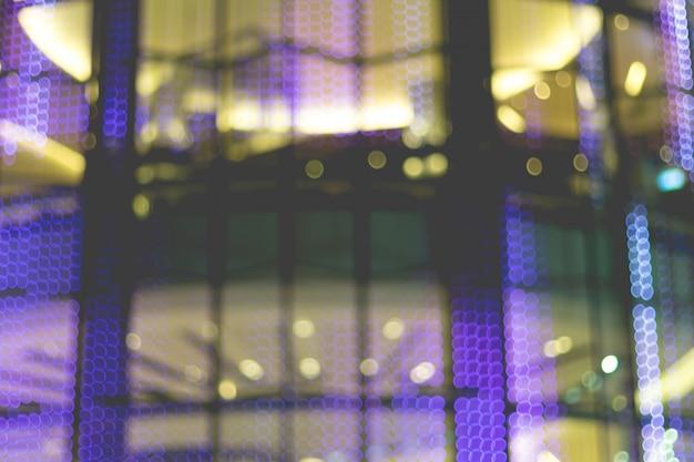Imagem abstrata de luzes do bokeh na cidade de banguecoque.