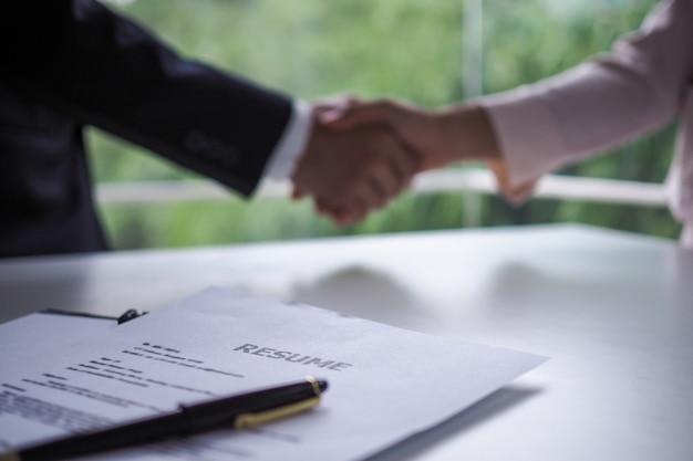 Imagem da conquista após a entrevista de emprego