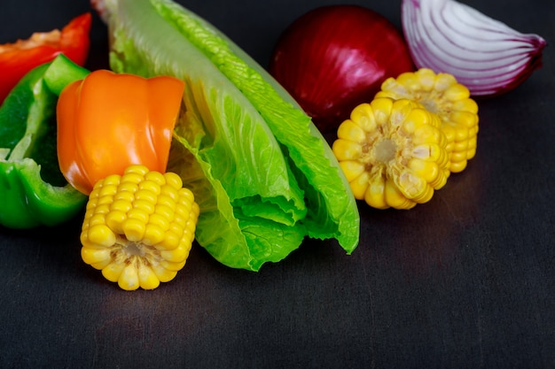 Imagem de close-up de legumes frescos orgânicos repolho