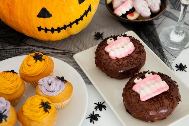 Imagem de close-up do conceito de donuts de halloween