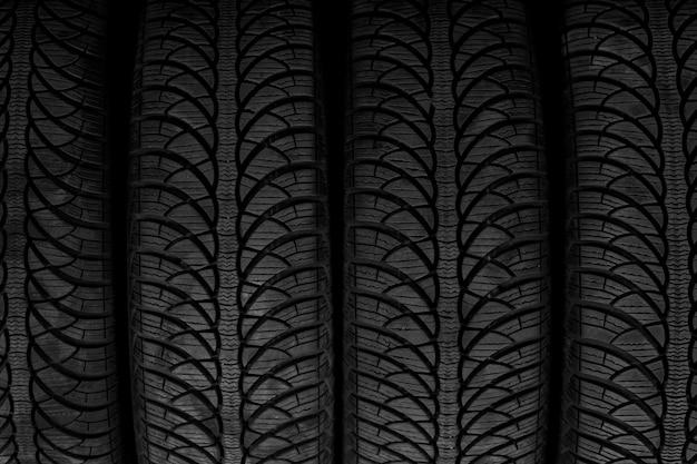 Imagem de um pneu preto