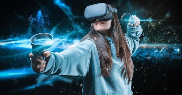 Imagem de uma mulher bonita e elegante usando óculos de realidade virtual