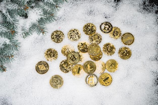 Imagem simbólica do bitcoin de natal de moeda virtual
