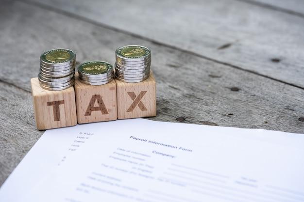 Imposto de bloco de palavra em formata de informação de folha de pagamento.