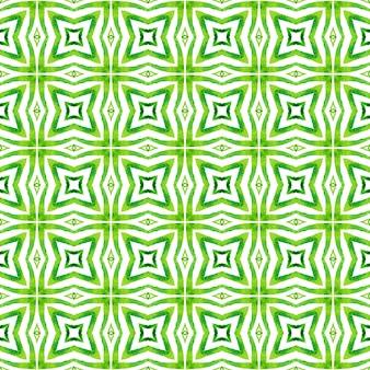 Impressão incomum pronta para têxteis, tecido de biquíni, papel de parede, embrulho. projeto chique do verão do grande boho verde. repetindo a borda desenhada mão listrada. desenho listrado desenhado à mão.