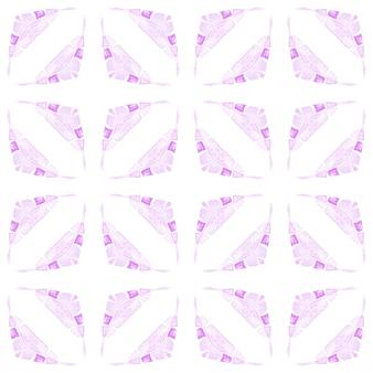 Impressão simétrica em tecido pronto, tecido de biquíni, papel de parede, embrulho. projeto chique de verão boho opressor roxo. fundo aquarela com azulejos. borda de aquarela com azulejos de pintados à mão.