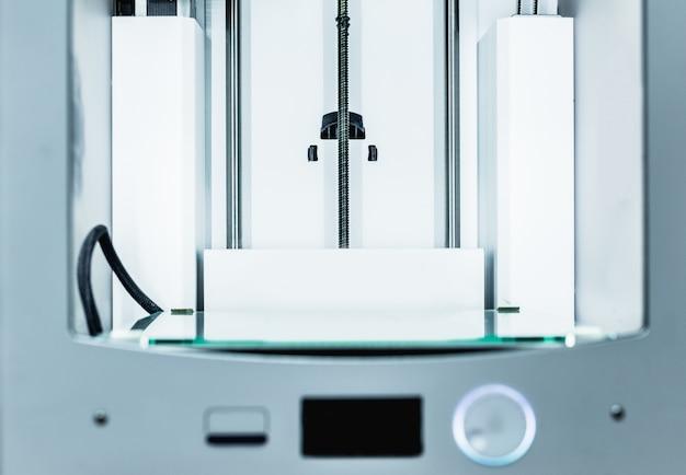 Impressora 3d de trabalho